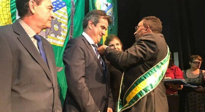 Ciro Nogueira ganha homenagem em solenidade de 120 anos de Floriano