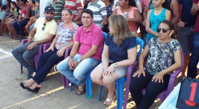 Prefeita Vilma Amorim, prestigiou a final do campeonato do Alame