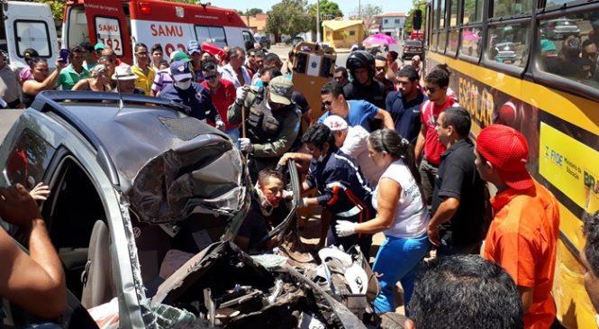 Acidente grave no centro de Esperantina, com 2 mortes
