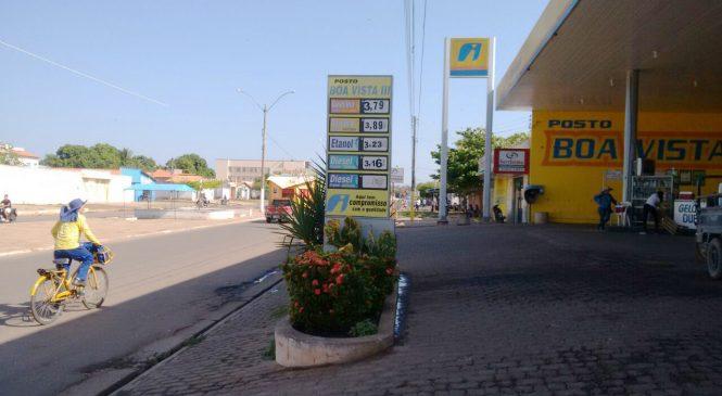 Dupla armada faz arrastão em posto de combustíveis  de Esperantina