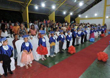 Prefeitura de Esperantina realiza festa de formatura do ensino infantil