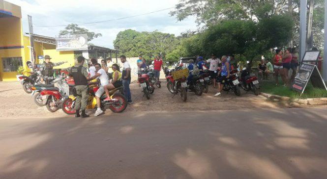 Homem é preso e motos apreendidas durante blitz em Esperantina