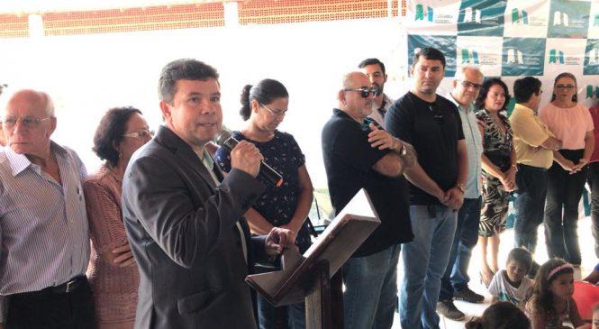 É melhor construir escola que construir presídios ,diz Reitor do IFPI, durante inauguração em Esperantina