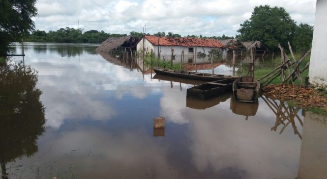 Nível do Rio Longá volta a subir e várias famílias estão desabrigadas
