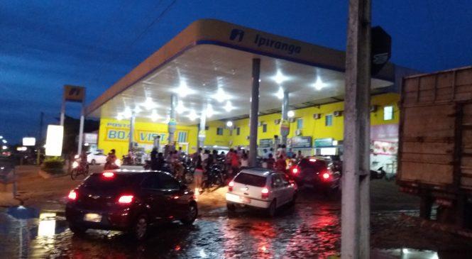 Combustível deve acabar até meio dia desta terça em Esperantina