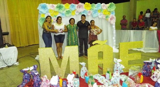 Prefeitura de Morro do Chapéu homenageia mães