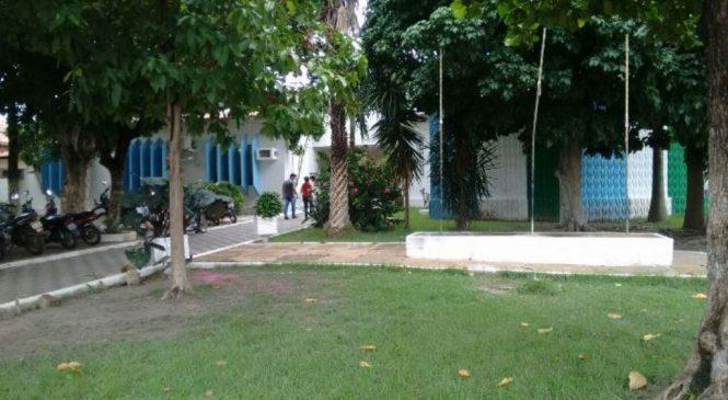 Prefeitura de Esperantina suspende aulas devido a falta de combustível