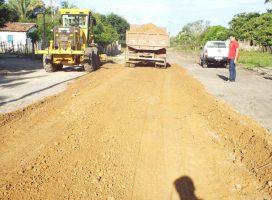 Prefeitura de Esperantina intensifica recuperação de estradas na zona rural