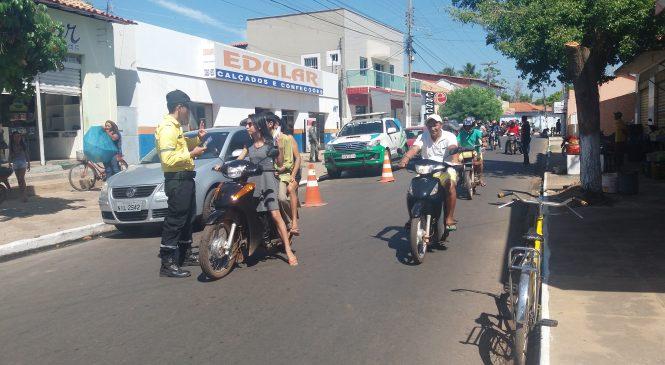 Polícia Militar realiza blitz em vários pontos em Esperantina