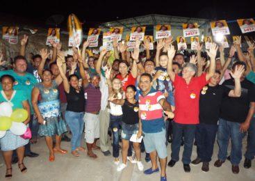 Deputada Jannaina Marques realiza reunião com apoiadores em Esperantina