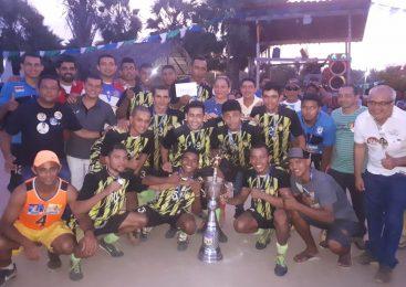 Equipe do Umbelino conquista título do campeonato da arena Carnaubal