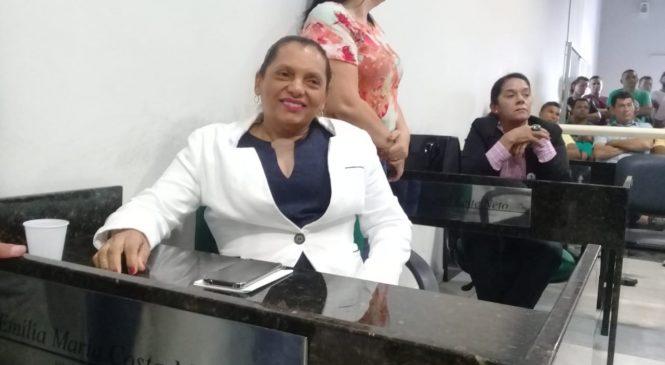 Vereadora Emília Maciel é eleita presidente da Câmara Municipal de Barras