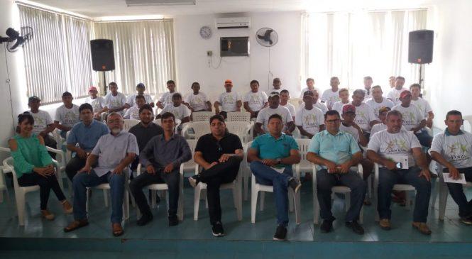 Trabalhadores da palha de carnaúba recebem capacitação em Esperantina