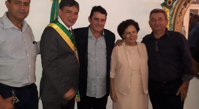 Prefeito Marcos Henrique prestigiou a posse do governador W. Dias