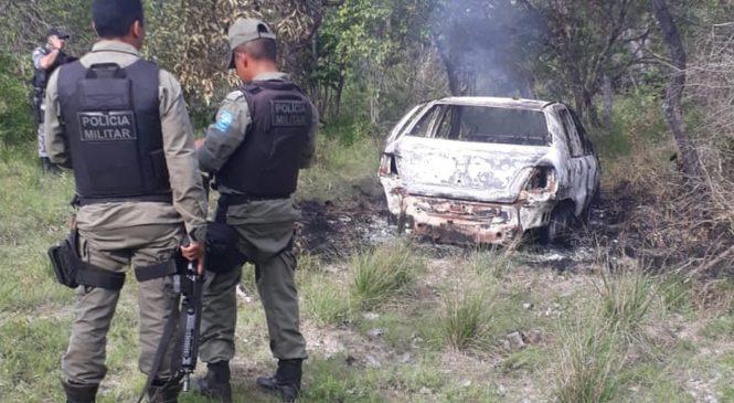Corpo é encontrado em carro em chamas na PI 113