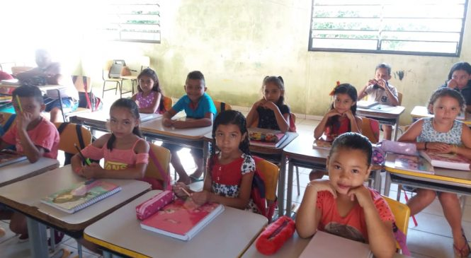 Aulas da rede municipal de ensino de Morro do Chapéu iniciaram ontem segunda-feira