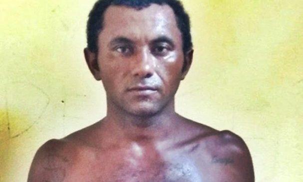 Homem é preso após tentar matar a esposa a facadas em Buriti dos Lopes