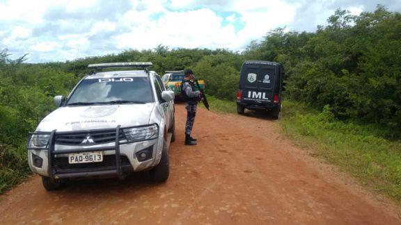 Corpo é encontrado em estrada vicinal na zona rural de Bom Principio.