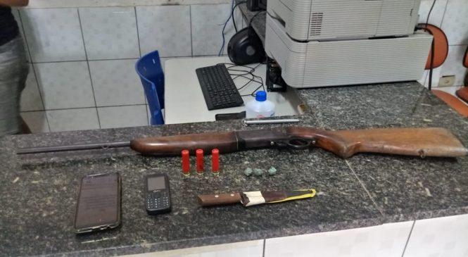 Irmãos armados são presos na zona rural de Barras