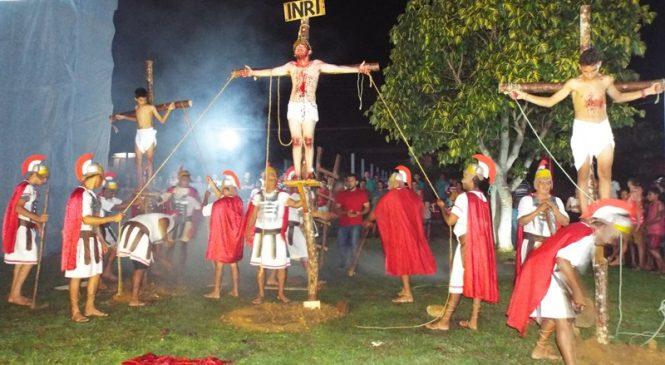 Confira a cobertura da encenação da paixão de Cristo em Morro do Chapéu