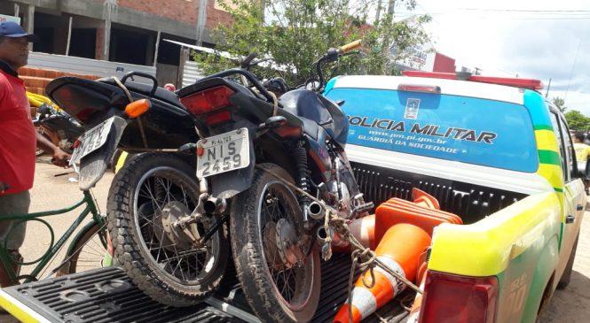 Polícia recupera duas motocicletas durante cerco a bandido