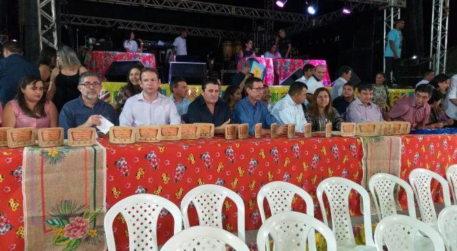 Prefeito Marcos Henrique prestigia o Festival Cultural de São João do Arraial