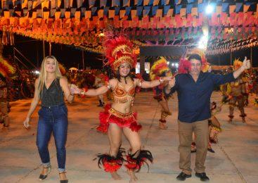 Confira como foi a última noite do festival junino de Morro do Chapéu do Piauí