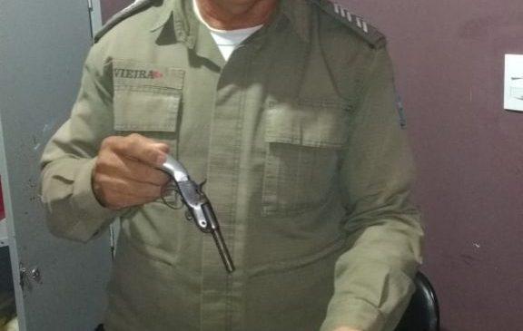 Homem é preso em Joaquim Pires por posse ilegal de arma de fogo