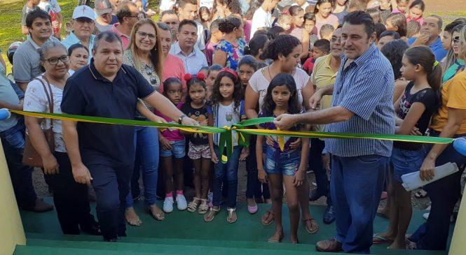 Prefeito Marcos Henrique entrega escola reformada e ampliada no povoado Boa Vista