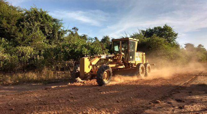 Estradas vicinais estão sendo recuperadas em Morro do Chapéu