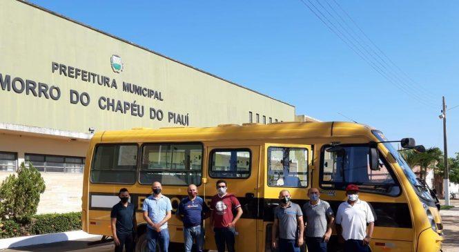 Senador Ciro Nogueira destina ônibus escolar para cidade de Morro do Chapéu