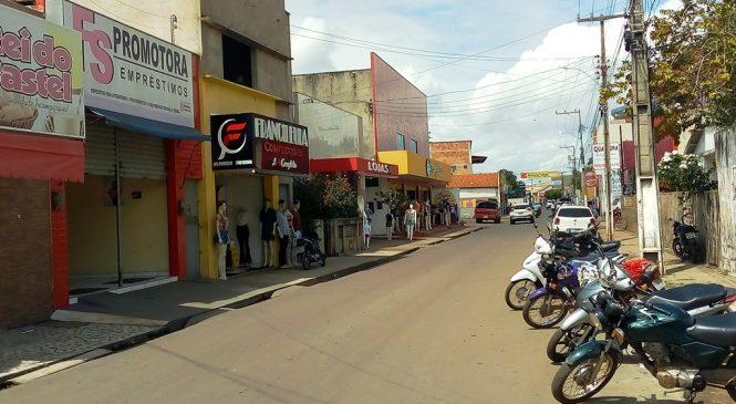 Vigilância Sanitária de Esperantina libera horário normal do comércio no município