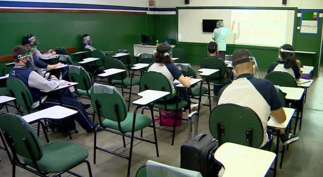 Aulas presenciais começam nesta terça (20) no Piauí; 155 escolas devem reabrir