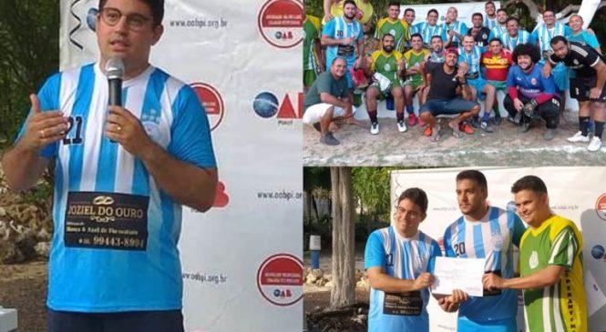 Carlos Júnior nomeia advogado para Subcomissão de Direito Esportivo, durante evento em Esperantina