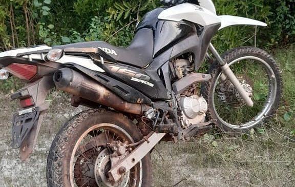Policia recupera moto de funcionária de clínica odontológica em Esperantina