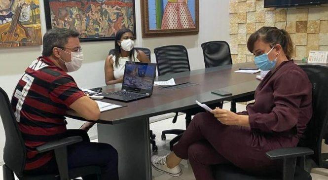 Prefeita Ivanária Sampaio se reúne com secretário estadual de cultura e trata da reforma do teatro Diniz Chaves