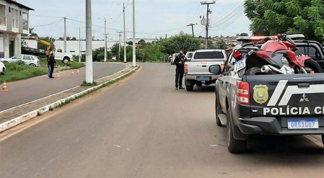 Polinter monta bloqueio em Esperantina para apreender veículos roubados