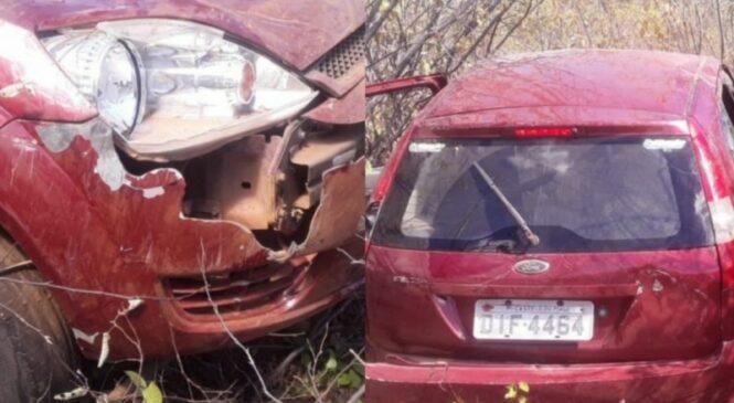 Quatros pessoas ficam feridas  após acidente de carro em São Miguel do Tapuio