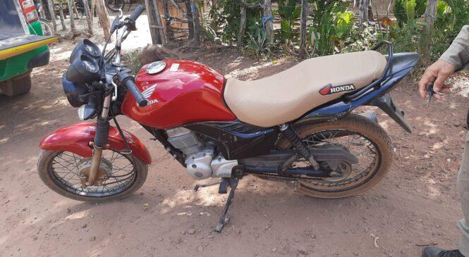 Polícia recupera moto roubada na zona rural de Joaquim Pires